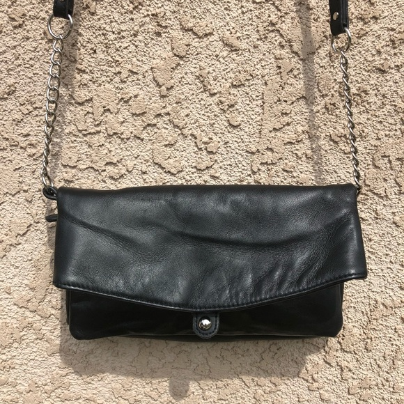 BAGGS Handbags - BAGGS Leather Convertible Clutch/Crossbody NWOT